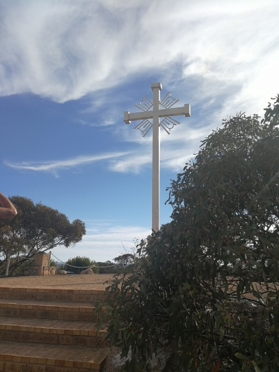 monument to the people who had built Eucla